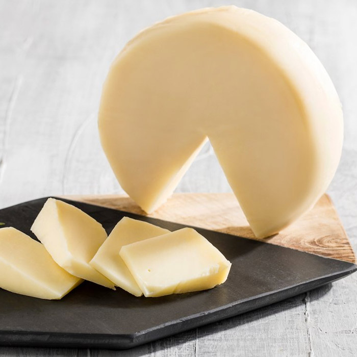 Turkish Natural Fresh Cheddar Cheese