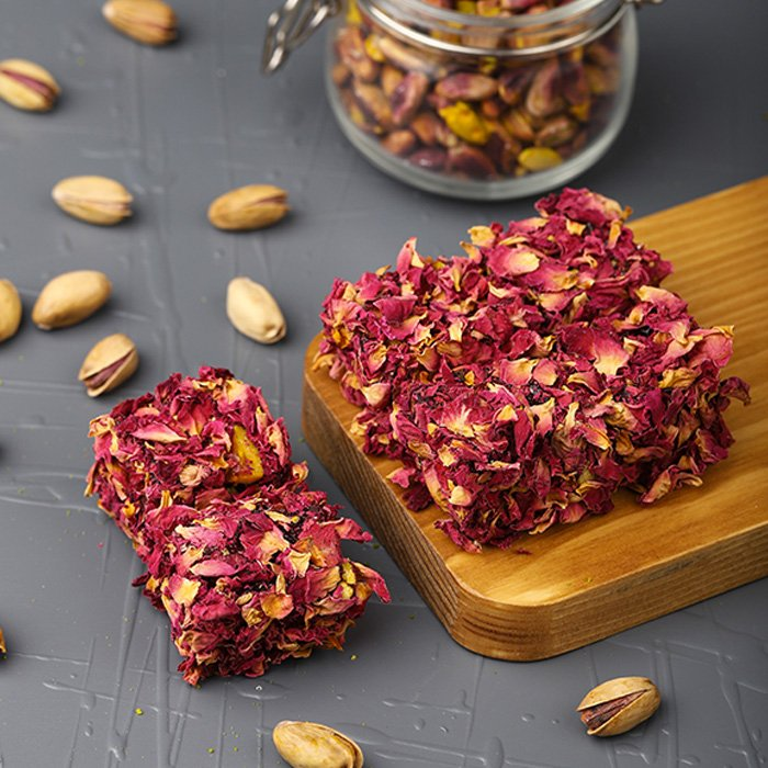 Turkish Delight with Real Rose Leaves and Pistachio