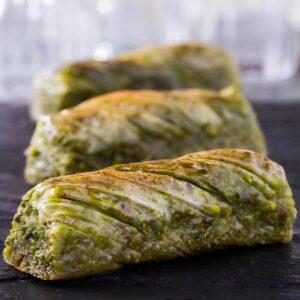Turkish Baklava Twisted with Pistachio - Hafız Mustafa (1.0kg)