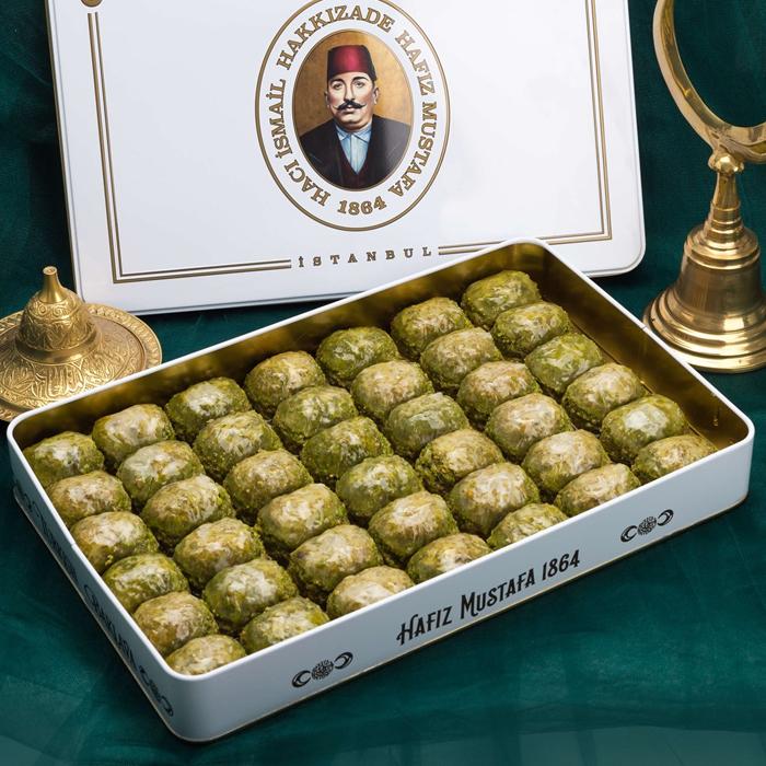 Turkish Baklava Pistachio Dilber in Metal Box - Hafız Mustafa (1.7kg)