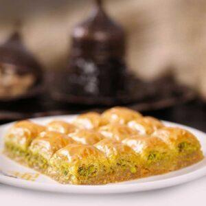 Turkish Baklava with Pistachio Mini Classic