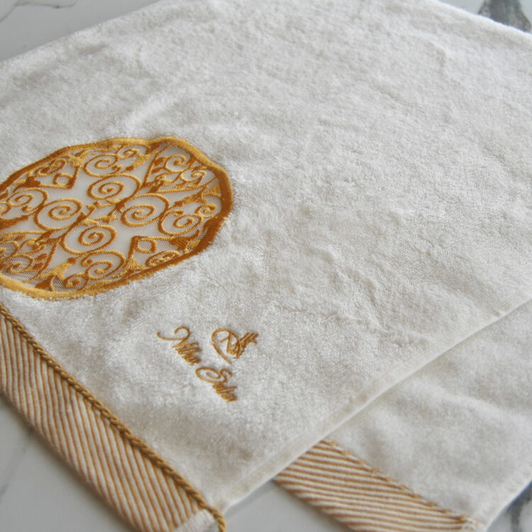 Nilhan Sultan Ottoman Turkish Towel (White)