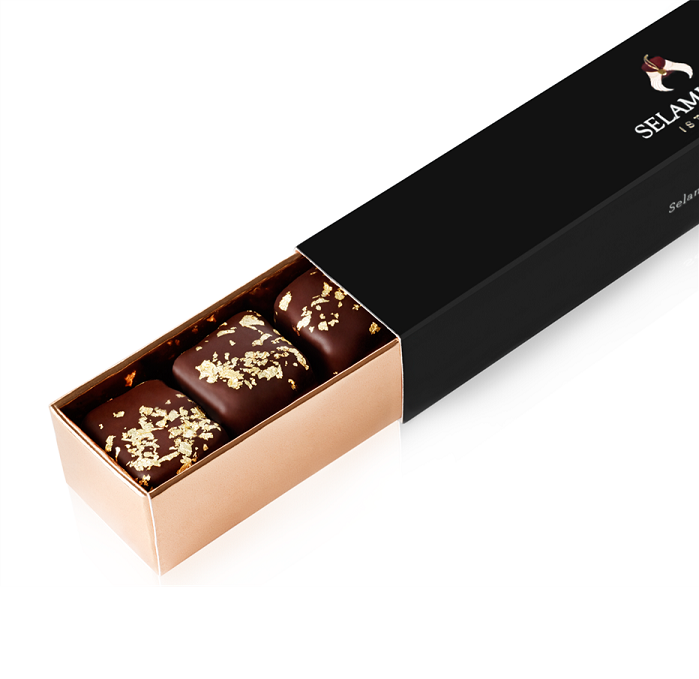 Turkish Delight with Chocolate Covered Almonds Decorated with Gold Particles / Pomegranate - Selamlique