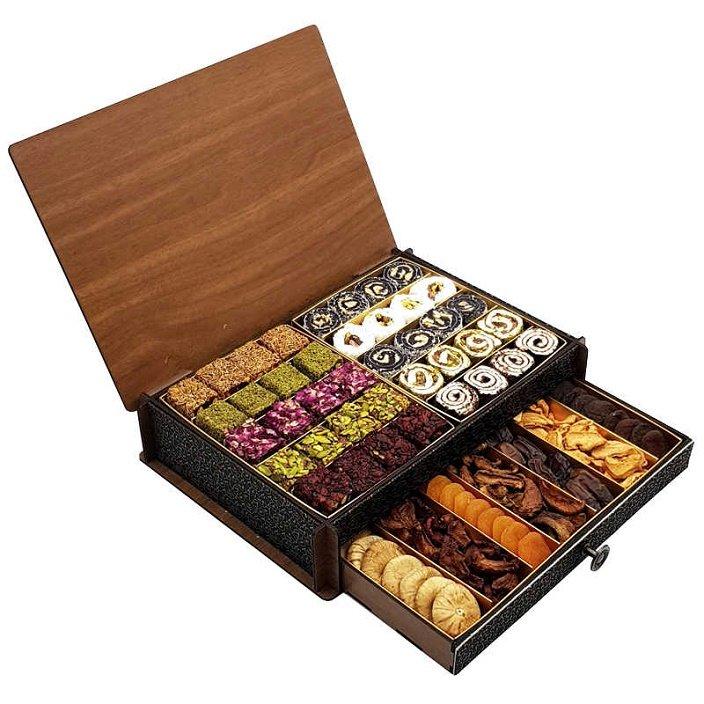 StamboulBazaar Premium Assorted Dried Fruit/Dried Nuts (Wooden Box)