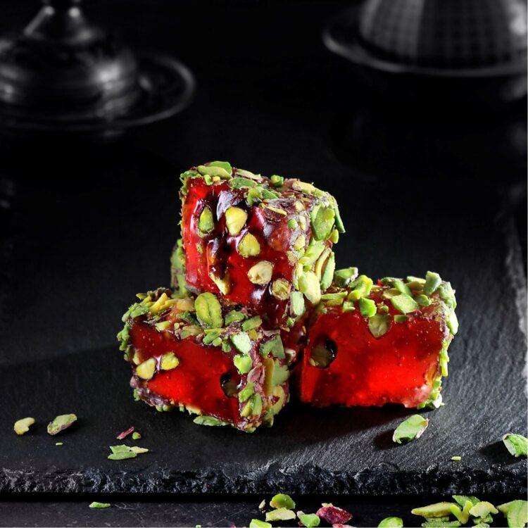 Turkish Delight (Blackberry Flavored Mesh With Pistachio Coated With Pistachio) - İkbal